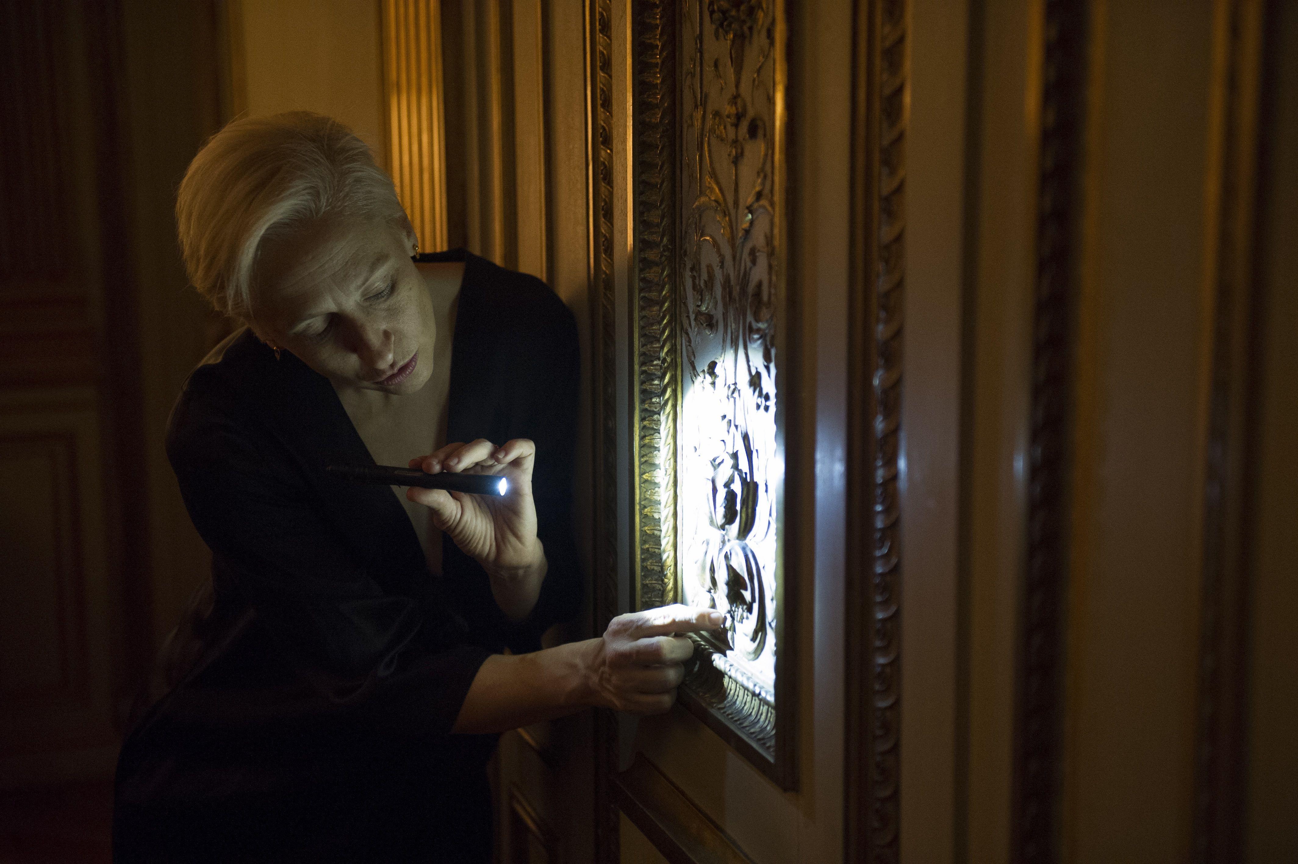 Spectacle: LIEU HISTORIQUE, Chorégraphe: Jennifer Lacey, en collaboration avec Alix Eynaudi, Compositrice et harpiste: Zeena Parkins, Dans le cadre du Festival d'Automne à Paris, Lieu: Mona Bismarck American Center, Paris, le 11/12/2015